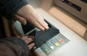 Kreditkartenbetrug Bekommt man als Opfer Geld zurück