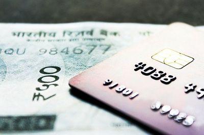 Kreditkarte aus Metall